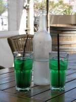 verschiedenes/15341/gegen-grossen-durst-hilft-dieses-erfrischende Gegen grossen Durst hilft dieses erfrischende Getränk: Menthe à l'eau! (April 2009)