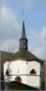 Diverses/13449/die-einzige-achteckige-kapelle-luxemburgs-steht Die einzige achteckige Kapelle Luxemburgs steht in Heiderscheid-Grund. 22.03.09 (Jeanny)
